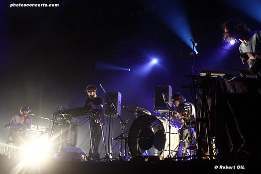Animal Collective + Discodeine & Thomas Bloch + Emeralds (Festival Villette Sonique 2011) en concert