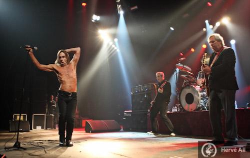 Iggy & The Stooges + Archive + Emilie Simon + Izia (Printemps de Bourges 2010) en concert