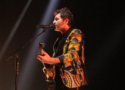 LAMOMALI - L'aventure malienne de -M- avec Fatoumata Diawara, Tounami Diabaté, Sidiki Diabaté et Oxmo Puccino en concert