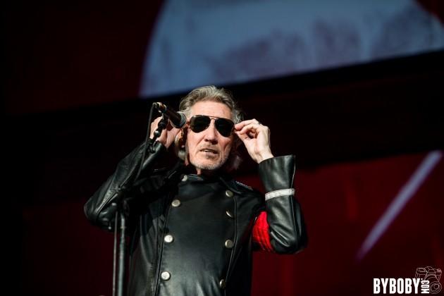 Roger Waters rejoue en live au Stade de France l'album de Pink Floyd, The Wall en concert
