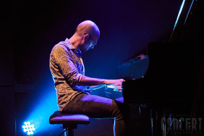 Shai Maestro trio feat Neli Andreeva en concert