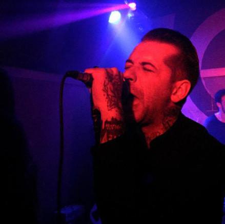 Sinner Sinners en concert