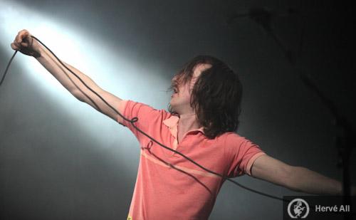 Wave Machines + Royal Bangs + The Love Me Nots +  Fool's Gold + Ladylike Dragons + Les Plastiscines (Printemps de Bourges 2010) en concert