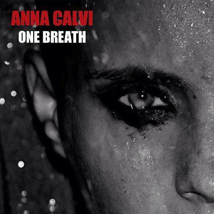 Entretien avec Anna Calvi pour la sortie de son deuxième album One Breath et sa tournée 2013-2014  en concert