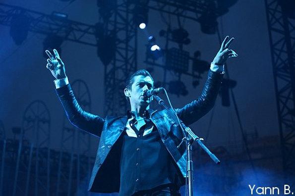 Arctic Monkeys + Interpol (Festival de Nîmes 2014) en concert