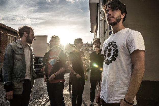 Entretien avec Roman Rappak du groupe Breton à propos de l'album War Room Stories et la tournée 2014 en concert