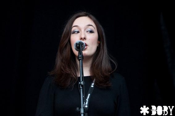 Cat's Eyes (Festival Rock en Seine 2011) en concert