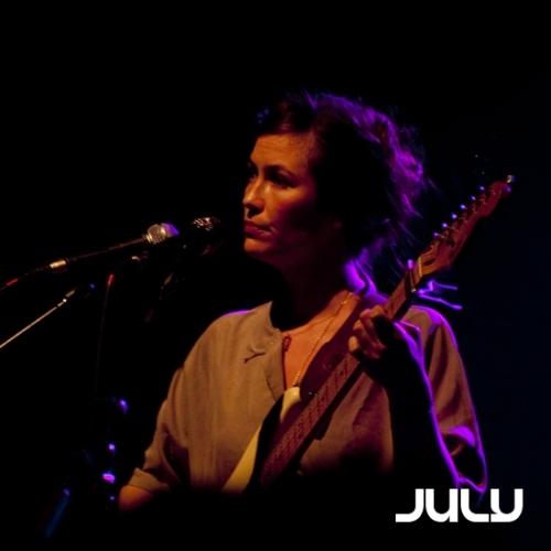 Mina Tindle en concert