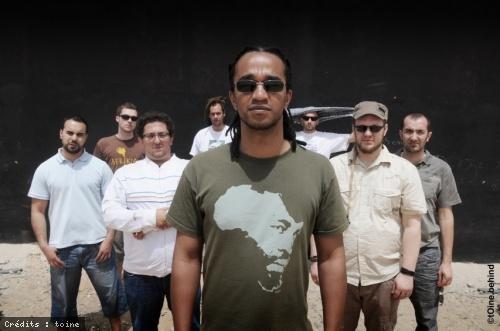 Entretien avec Dub Inc et Kamir Méridja, le réalisateur du film Rude Boy Story en concert