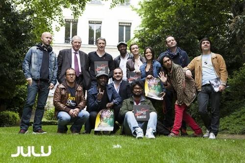 Conférence de presse Solidays avec Antoine De Caunes, Marco Prince, Tryo, Mai Lan, Mc Solaar, Wax Tailor, Naive New Beaters...   en concert