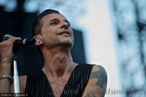 Depeche Mode + Chvrches (Festival de Nimes 2013) en concert