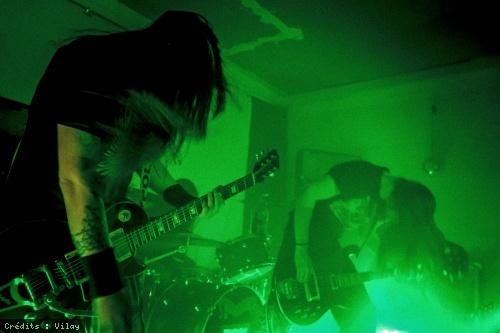 Sonic Wolves + Belzebong en concert