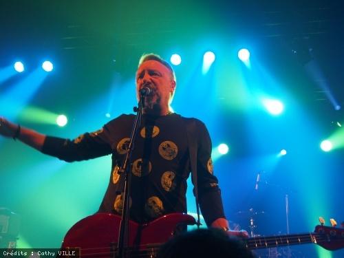 Peter Hook & The Light en concert