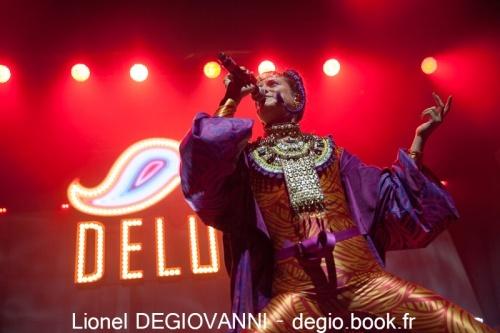 Deluxe + Sôra en concert