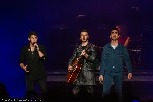 Jonas Brothers (Happiness Begins Tour) en concert