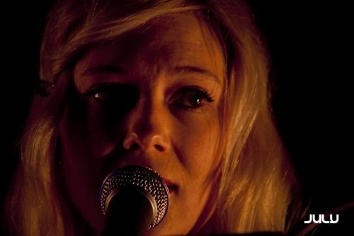 Mai + Lili Ster en concert
