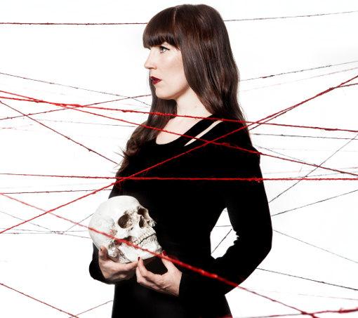 Entretien avec Emily Jane White à l'occasion de la sortie de son album Blood/Lines et de sa tournée 2013/2014 en concert