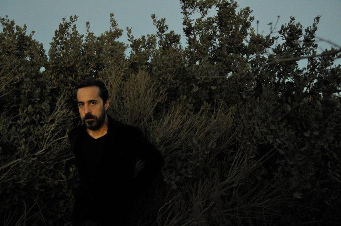 Entretien avec Rey Villalobos du groupe House Of Wolves à propos de la sortie de son album Daughter Of The Sea en concert