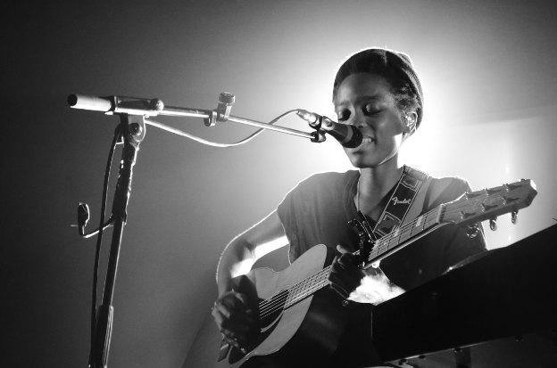 Entretien avec Irma et chronique du concert au Ninkasi Kao à Lyon le 3 octobre 2013 en concert