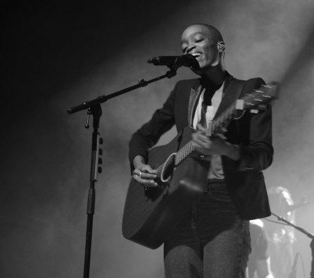 Entretien avec Irma à l'occasion de sa tournée 2014/2015 pour présenter l'album Faces en concert