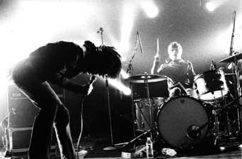 The (International) Noise Conspiracy (Le Printemps de Bourges 2002) en concert