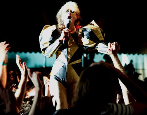 The Kills + Peaches + Papercuts + Camera Obscura + ST Vincent  + Forest Fire (La Route du Rock 2009)  en concert