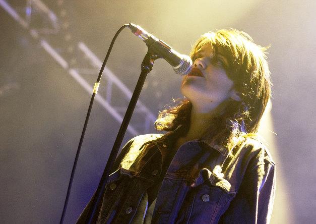 Sky Ferreira (This Is Not A Love Song Festival 2014) en concert