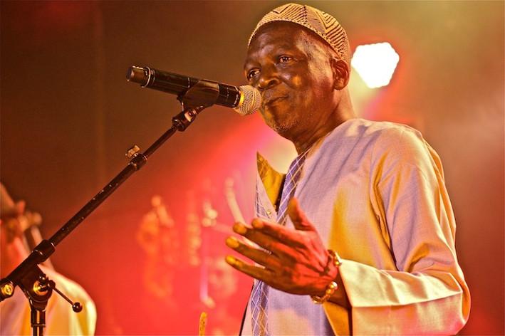 Toure Kunda en concert