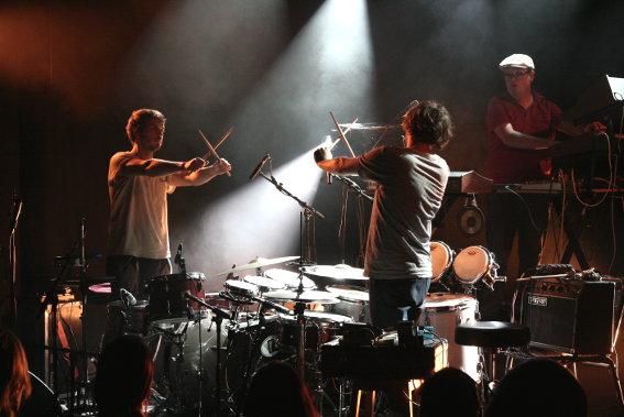 Zombie Zombie + The Stepkids en concert