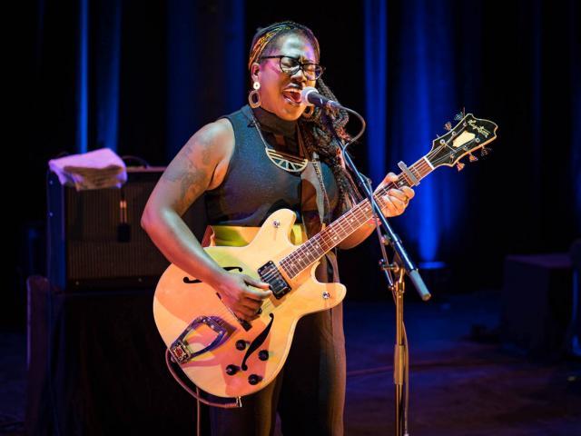 Mélissa Laveaux + Isaya en concert