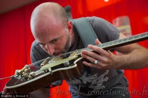 Frederic Nevchehirlian en concert