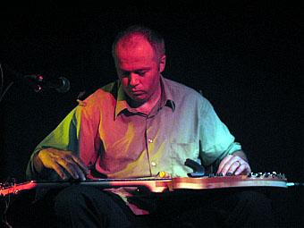Greg Malcolm  en concert