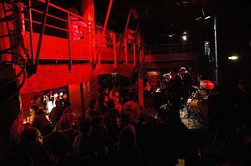 Cafe Julien Marseille Concert  Mai