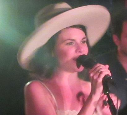 Jules Henriel, Johnny Barrel Country Band, Whitney Rose en concert