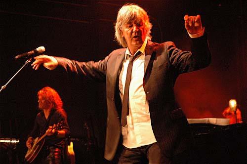 Jacques Higelin + Chinaski en concert