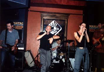 Cox + Lo en concert