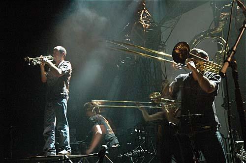 Les Ogres de Barback + Macadam Bazar en concert
