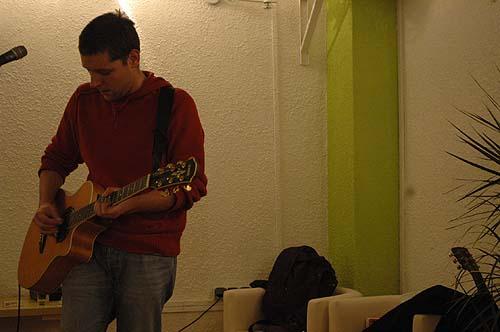 London Escort Girl + Simon B de Exsonvaldes en concert