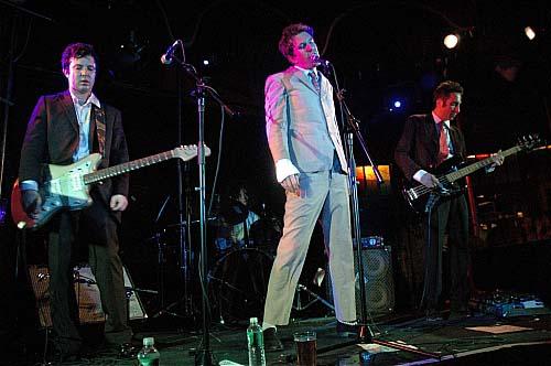 Menlo Park (feat. Sean Lennon) + Nicole Atkins and the Sea en concert
