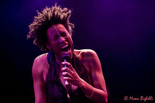 Sandra Nkaké + Nevchehirlian + No Bleu  (festival Gravitations #0) en concert