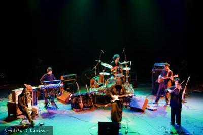 Secret Chiefs 3 + Vladimir Bozar 'n' Ze Sheraf Orkestär + Eterea Postbong Band en concert