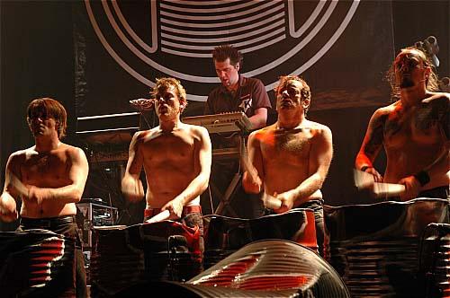 Tambours du Bronx + Zong en concert