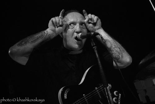 The Cave 4 + Reverend Beat-Man en concert