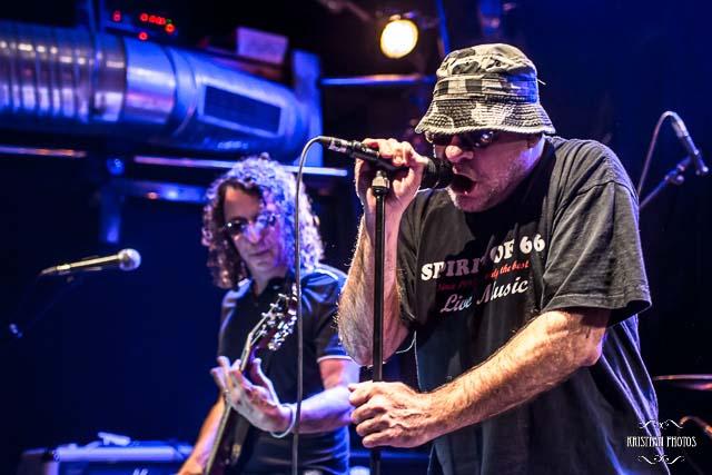 Bernie Bonvoisin & Kollektif AK-47 en concert