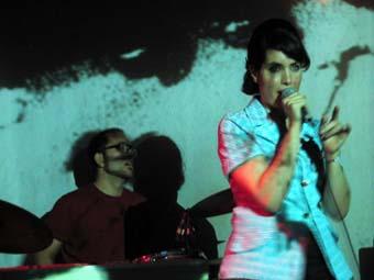 Elk City + Amie Amis + the New Lowns en concert