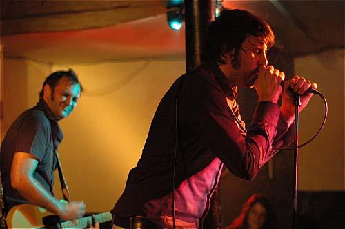 Lo + Eon Megahertz en concert