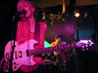 Electric Turn To Me en concert