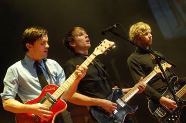 (mon) Rock en Seine, 2005, 2/2 : Asyl, La Phaze, Goldfrapp, Herman Düne, The Departure, Babyshambles, Feist, Foo Fighters, The Film, Robert Plant, Franz Ferdinand en concert