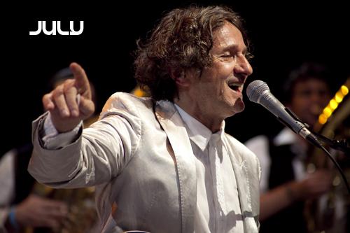 Goran Bregovic et l'Orchestre des Mariages et des Enterrements en concert