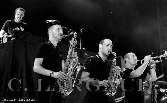Féfé + Hocus Pocus (Les Escales du Cargo) en concert